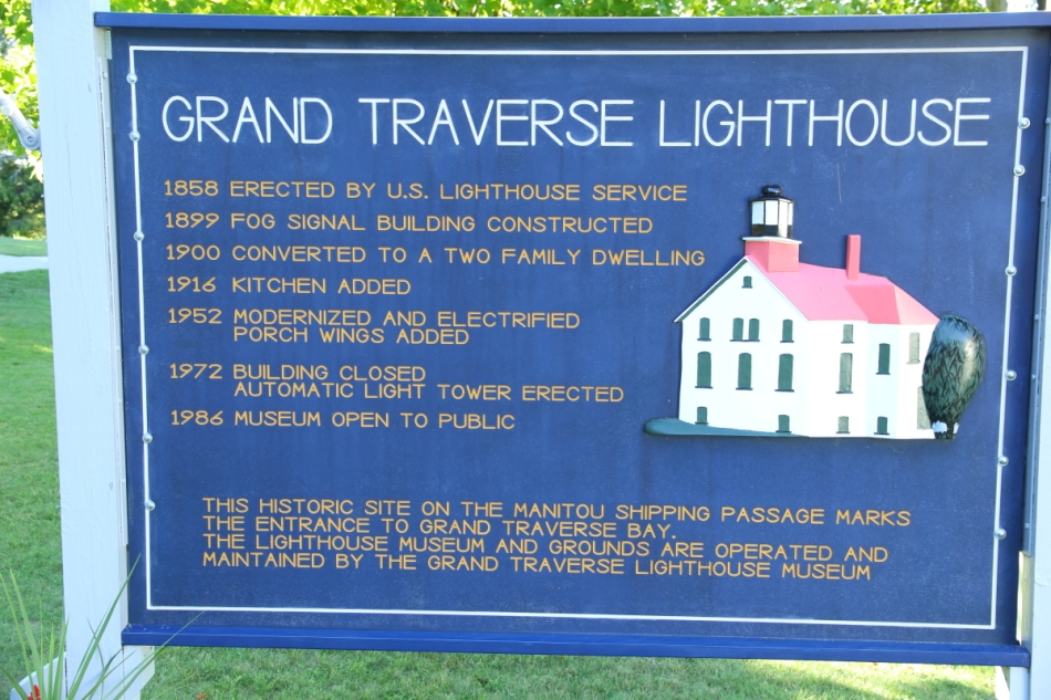 Grand Traverse Lighthouse info