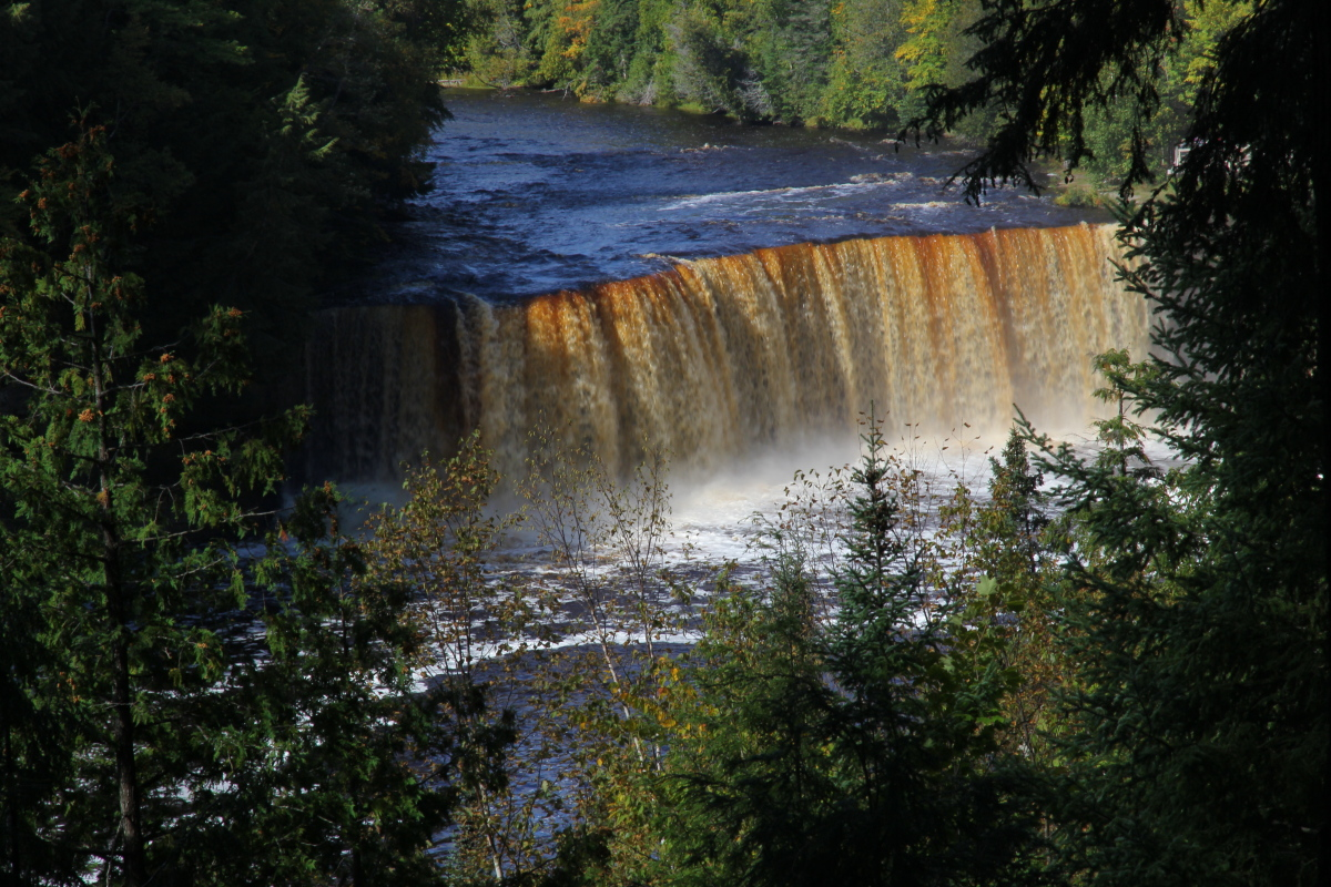 My vacation in the up tahquamenon falls state park for Cabins near tahquamenon falls