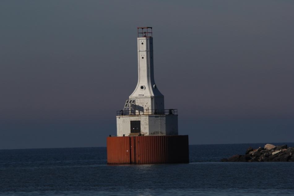 Portage Lake Ship Canal Light