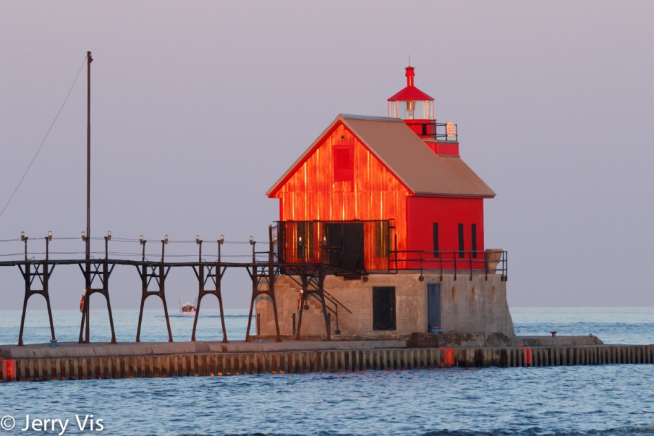 Grand Haven lighthouse at sunrise