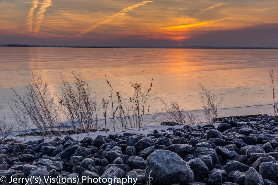 Sunrise over the ice
